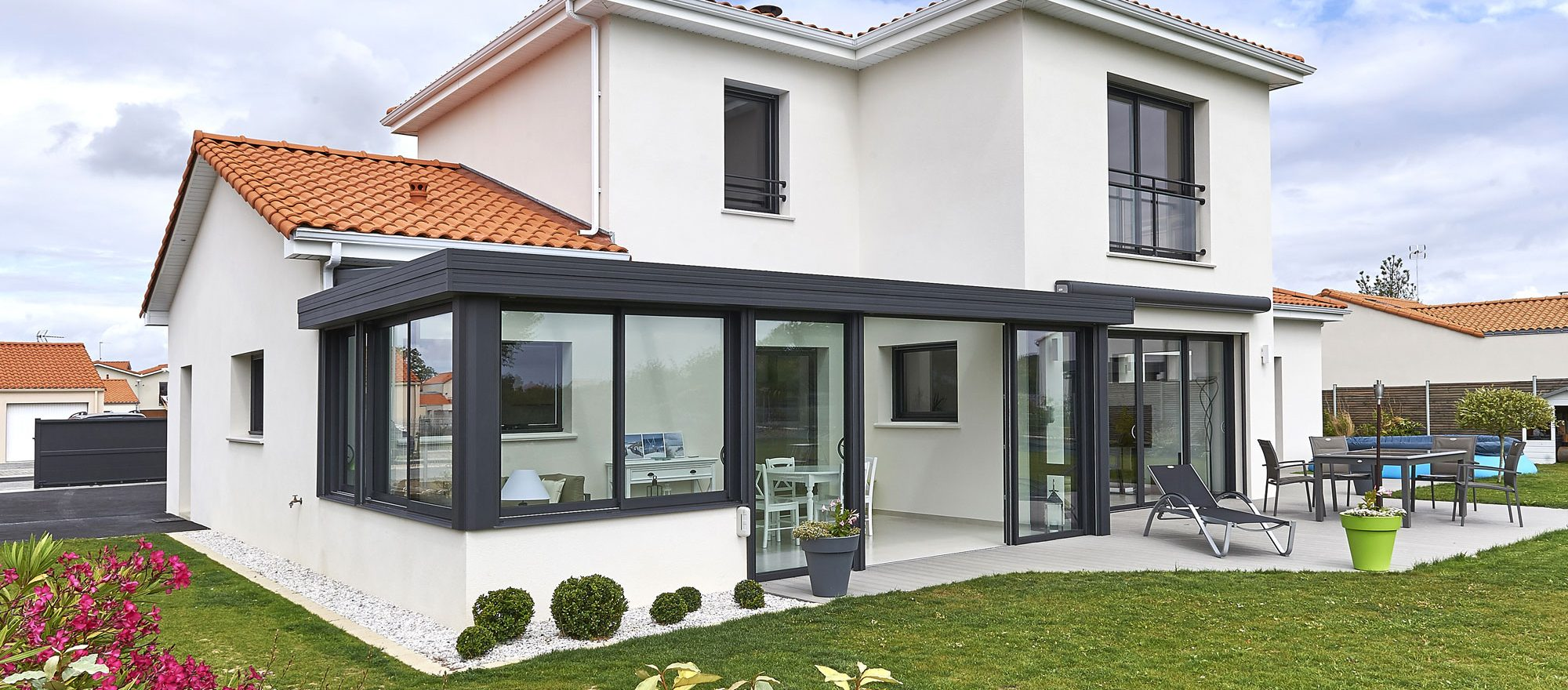 V randas et extensions fillonneau for Extension maison en dur